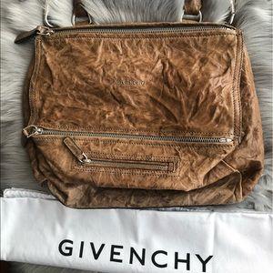 f1da13e82df7 Givenchy Bags - 🔥Authentic Givenchy Medium Pandora Crossbody Bag